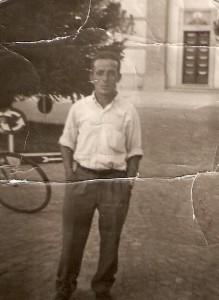 MARIO MAGGI. MORTO MISTERIOSAMENTE A FIRENZE ALLUVIONE 4 NOV 1966 - foto Archivio Firenze Promuove 3288785360 (2)